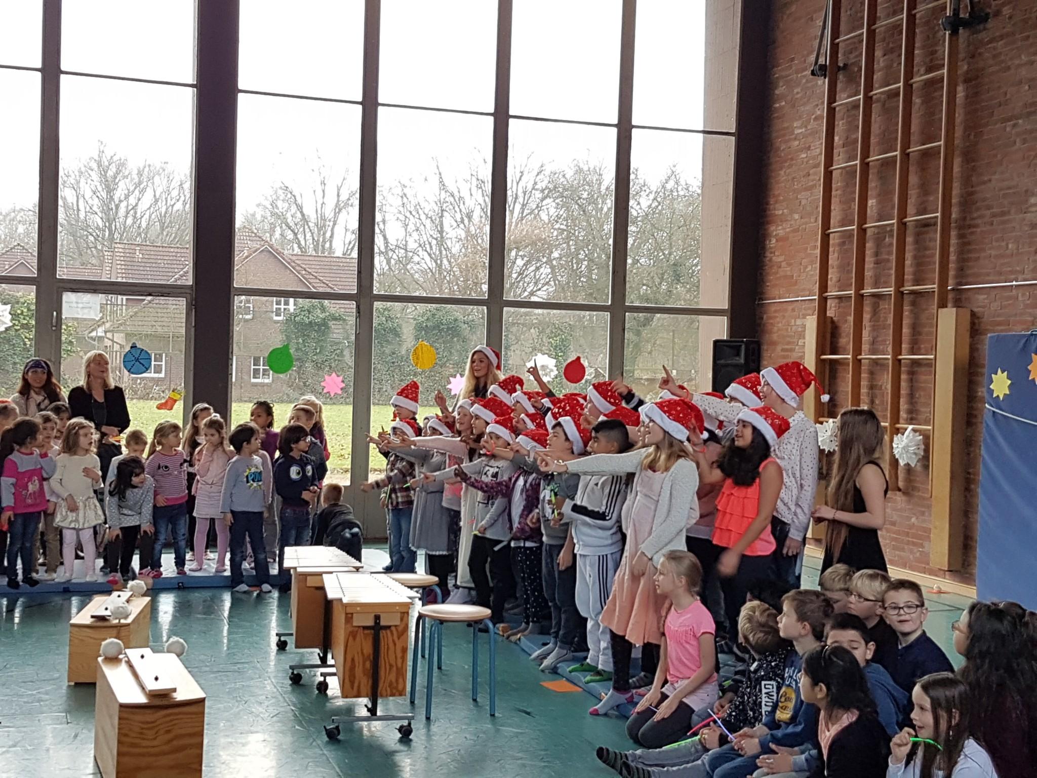 Weihnachtssingen | Grundschule Potsdamer Straße