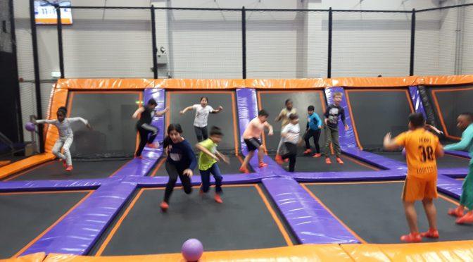 """Abschlussveranstaltung des Projekts """"Schule läuft"""" im Jump House Poppenbüttel"""